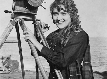 Filmmaking pioneer Mary Pickford