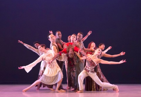 Alvin Ailey American Dance Theater in Matthew Rushing's ODETTA  Photo by Steve Wilson
