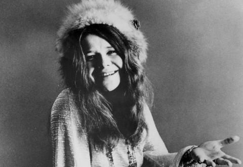 Janis_Joplin_seated_1970 (2)