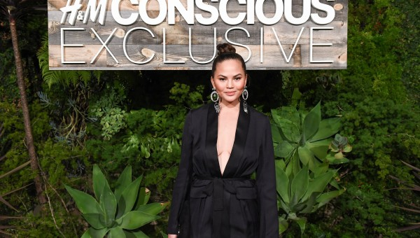 Chrissy Teigen attends the H&M Conscious Exclusive dinner in L.A. Photo by BFA