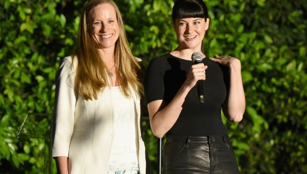 CYPRESS, CA - APRIL 28: Lori Woodley (L) and Shailene Woodley speak during the All It Takes Lasting Legacy event at the headquarters of Earth Friendly Products (ECOS) to celebrate youth leadership on April 28, 2018 in Cypress, CA.  (Photo by Vivien Killilea/Getty Images for All It Takes )