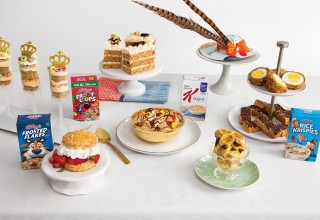 Kellogg's® has teamed up with former Royal Chef Darren McGrady to craft a celebratory menu to help cereal lovers re-imagine the breakfast staple. (CNW Group/Kellogg Canada Inc.)